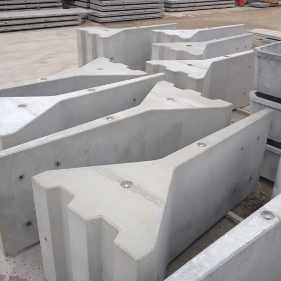 Freestanding Precast Concrete Retaining Wall - Bolt Down